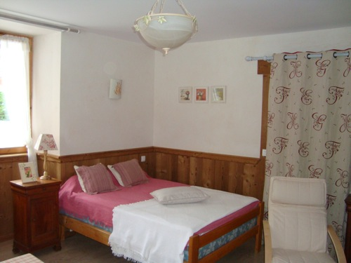 Location Areches-Beaufort : Chambre sud est