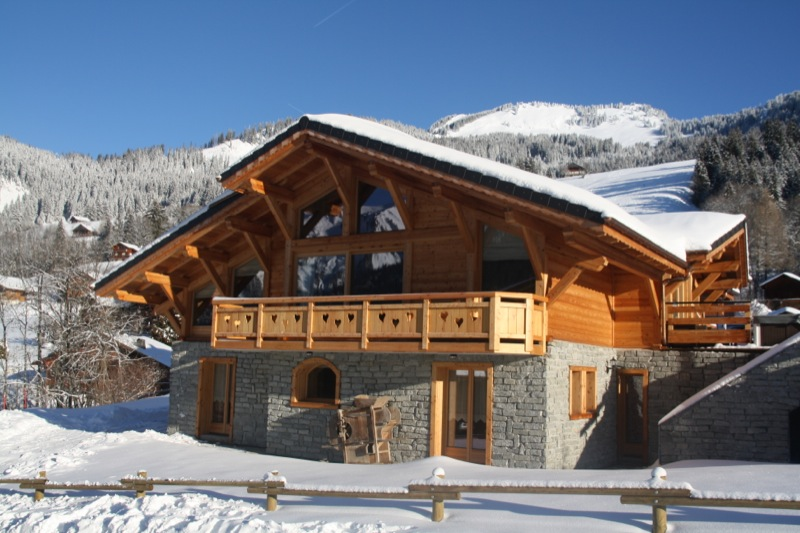 location personnes chatel appartements et chalets ski chatel. Black Bedroom Furniture Sets. Home Design Ideas